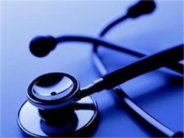 کاهش تقاضا و هزینه های خدمات درمانی با توسعه برنامه های آموزش سلامت در جامعه