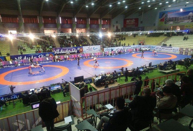 مسابقات کشتی جام تختی در کرمانشاه شروع شد