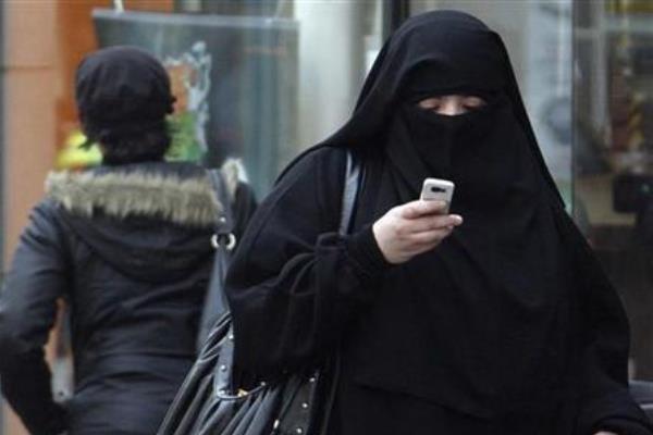 ممنوعیت پوشیدن برقع در هلند اجرایی شد