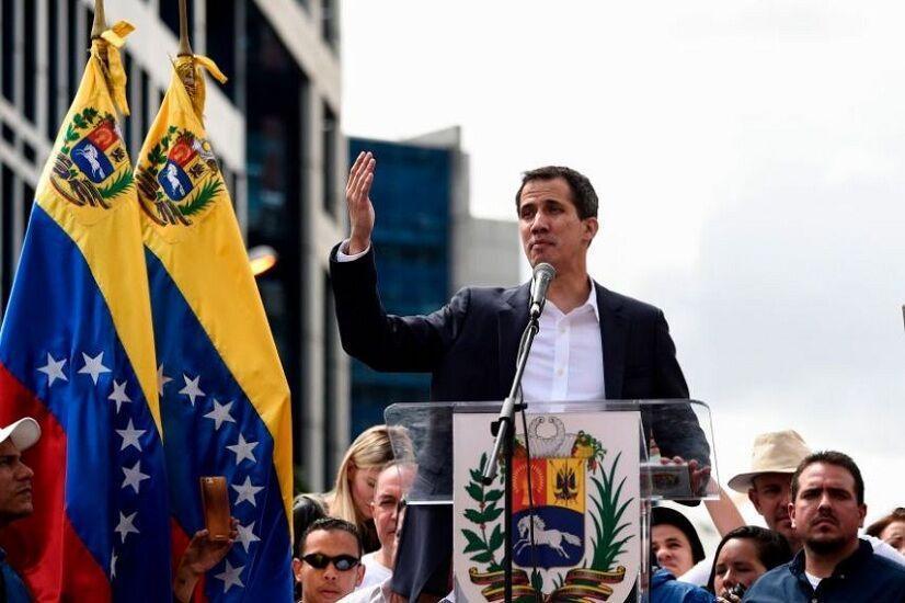 مخالفان مادورو بالاخره به میز مذاکره بازگشتند
