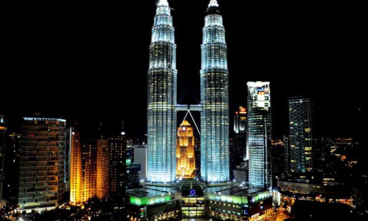 ساعتی گشت و گذار در کوالالامپور