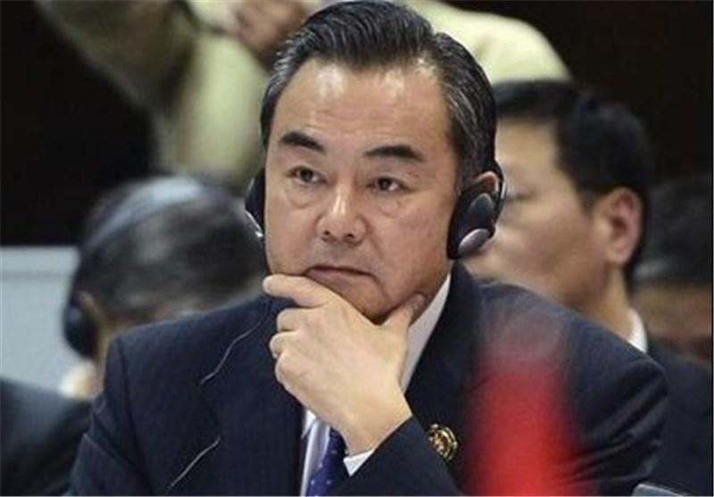 وزیر خارجه چین هم اکنون وارد محل مذاکرات ژنو شد