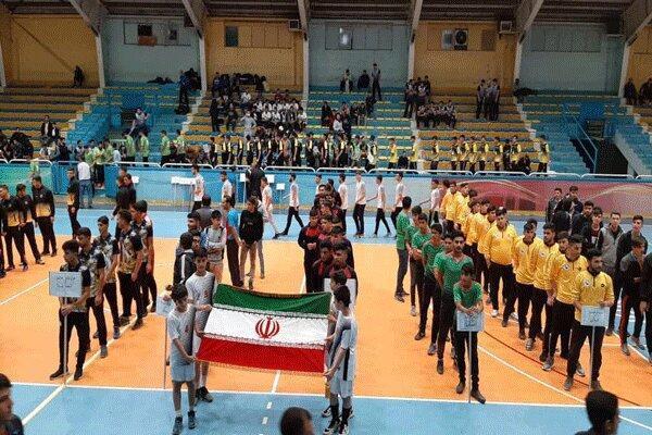 رقابت هندبال جوانان باشگاه های کشور در قزوین شروع شد